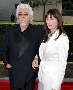 アンジェリカ・ヒューストンの夫で世界的な彫刻家ロバート・グラハム、死去
