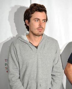 ケイシー・アフレックが、親友ホアキン・フェニックスのドキュメンタリー映画を監督
