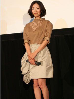 松雪泰子のこの世のものとは思えない美しさに会場はうっとり