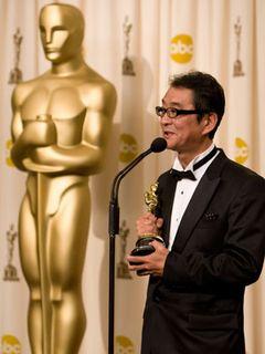アカデミー賞『おくりびと』が外国語映画賞受賞!