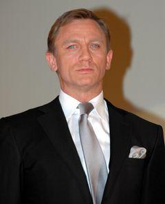 007のダニエル・クレイグ、ビバリーヒルズの高級中華レストランで顔パスならず