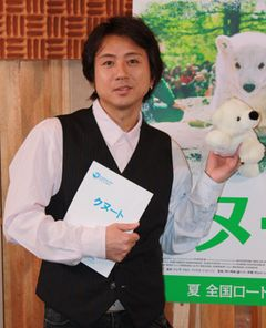 藤井フミヤ、子育てについて「子どもは小さいうちに動物園に」と語る!