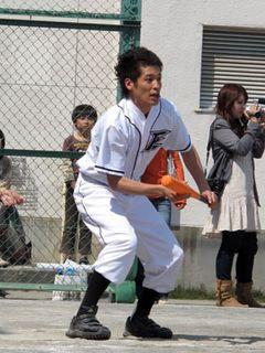 佐藤隆太らROOKIES、少年野球チームと真剣勝負