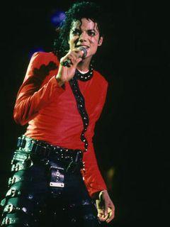 マイケル・ジャクソンの死因は「殺人」の可能性も!?