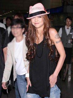 2009年的ファッションリーダー第1位は安室奈美恵!アムラーは今も健在?