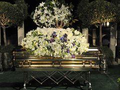死後70日にしてマイケル・ジャクソンさん埋葬される…元妻やマコーレー・カルキンも出席