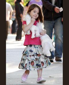 スーリちゃん、3歳にして早くもピンクの口紅でメークアップ