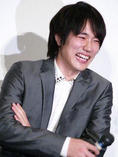 松ケン、坂口憲二の兄・征夫の『カムイ外伝』撮影時の爆笑秘話を思い出し大爆笑 !