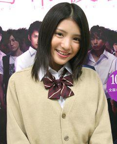 15歳、キラキラ美少女・川島海荷の妄想爆発!彼氏は…黒髪の短髪がいい!