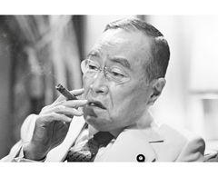 森繁久弥さん死去、最後の出演映画、犬童一心監督「91歳でもステーキたいらげた」と思い出語る