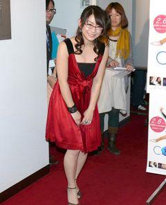 真っ赤なセクシードレスで登場した時東ぁみ、ずば抜けた身体能力と絶賛される