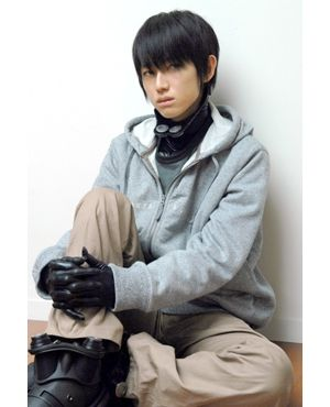 実写版 Gantz 最重要キャラクター 西丈一郎は本郷奏多に決定 二宮や松山を罵倒し薄ら笑い シネマトゥデイ