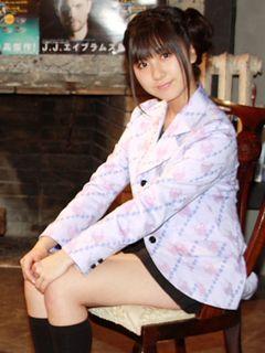 AKB48小野恵令奈とピーター・バラカン、『ハリー・ポッター』トークで意気投合!?