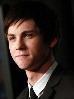 新しいスパイダーマンに19歳の美少年俳優急浮上!制作費はかなりの低予算の見込み