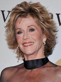 76歳のジェーン・フォンダ、顔の整形手術を2週間前に受けたことを告白
