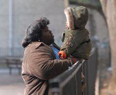 アカデミー賞脚色賞は、映画『プレシャス』が受賞!脚本家のジェフリー・フレッチャー号泣