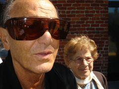 75歳息子と98歳母のドキュメンタリー映画『ジュニア』、超若い観客を迎えて上映