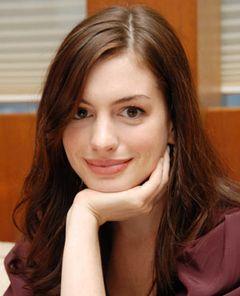 アン・ハサウェイ、『17歳の肖像』のロネ・シェルフィグ監督の次回作へ出演か?