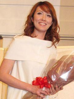山本モナ、夏に舞台で本格的女優デビュー!大女優・岡田茉莉子に大緊張!!