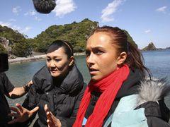 日本のイルカ漁「すぐやめて!」来日して猛抗議!人気女優「ヒーローズ」ヘイデン・パネッティーア