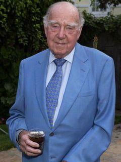 『ポセイドン・アドベンチャー』ロナルド・ニーム監督、99歳で死去