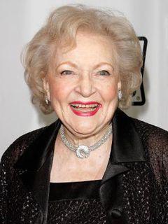 アメリカの森光子!? 88歳ベティ・ホワイト、来年のアカデミー賞司会最有力候補か?