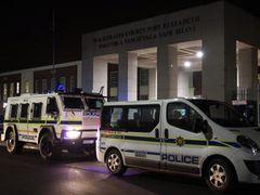 パリス・ヒルトン、南アフリカで逮捕!サッカーW杯観戦中にマリファナ吸引疑惑!