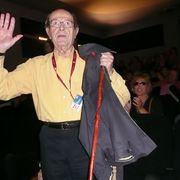 現役監督で世界最高齢101歳のポルトガルのマノエル・デ・オリヴェイラ監督元気な姿で登場!