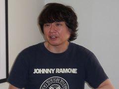 嵐の大野智が称賛するアーティスト・奈良美智がニューヨークのアジア・ソサエティーで大個展を開催!