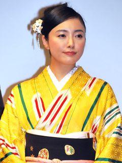 仲間由紀恵がつややかな着物姿で登場!映画業界5社による初の共同キャンペーンがいよいよキックオフ!
