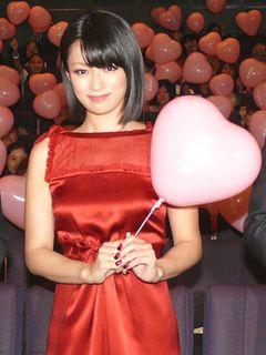 深田恭子、胸の大きさばかりこだわる男に喝!そして恋愛は優先順位4番目と告白