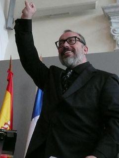 ヴェネチアで2冠を受賞した『どつかれてアンダルシア』の監督、スペインの国民的英雄に!
