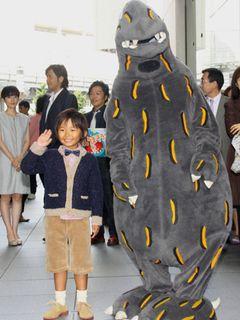 超売れっこの9歳、加藤清史郎は舞台あいさつのはしごで大忙し!憧れは別所哲也