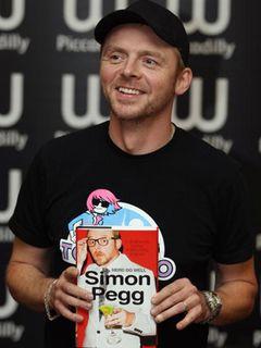 「セレブの自伝嫌い」を公言していたサイモン・ペッグ、自分の本は別!?