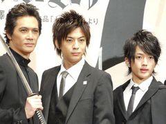 『海猿』でも大活躍!三浦翔平、初主演舞台「SAMURAI7」の製作発表で先輩の発言に大照れ!