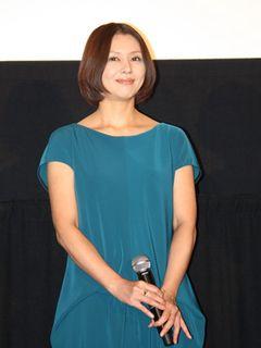 小泉今日子、台風で大荒れの初日に「わたしだったら家から出ない」と率直発言で笑わせる!