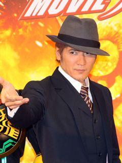 吉川晃司、45歳の仮面ライダー!「日本で3人しかできない」回し蹴り!?