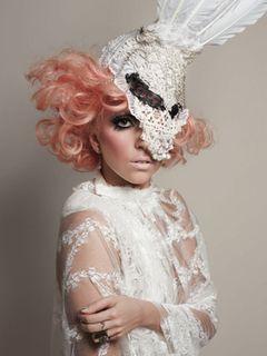 レディー・ガガ、収益はエイズ基金!MAC化粧品のスポークスウーマンに2年連続就任!