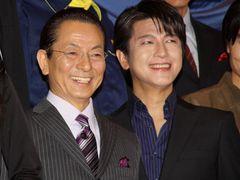 水谷豊「右京さん!」の大歓声に超ハッピーな笑顔!前売りも前作の約2倍売り上げ『相棒II』大ヒットスタート!