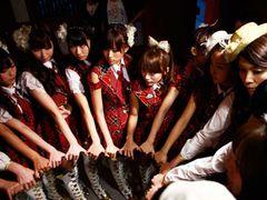 AKB48、発売未定の新曲が映画主題歌に!「少女たちよ」は劇場のみのプレミア曲!