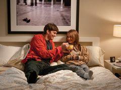 今週の全米トップは『ブラック・スワン』が好調なナタリー・ポートマン主演の新作『抱きたいカンケイ』に -1月24日版