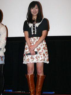 天才美少女空手家の武田梨奈、花柄ミニスカートでイメチェン!?「男性から守られたいです!」