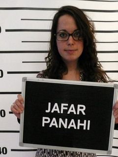 禁固6年と20年間の映画製作の禁止は虐待行為!イランのパナヒ監督を救え!国際映画祭がイラン政府に対して非難の声