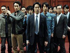 地震の影響で映画館の休館が続く中、西日本が映画興行の中心に『SP 革命篇』が初登場首位