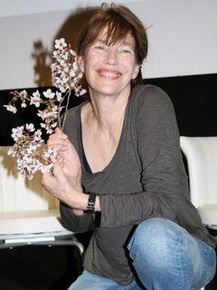 ジェーン・バーキン急きょ来日!「何もせずにフランスにいるのはつらかった」今夜、無料チャリティーコンサート開催