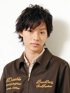 少女まんがでいうところの王子様系イケメン!注目の山崎賢人はピュアな魅力が全開の16歳