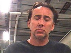 DVの疑いで逮捕のニコラス・ケイジ 逮捕直前の様子が防犯カメラに録画されていた