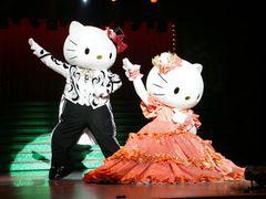 ハローキティのミュージカルショーが3Dに!ゲスト声優・市村正親、演出は「エリザベート」の小池修一郎