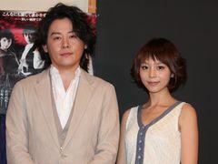 河村隆一、人気声優の平野綾と「キスします」宣言!?男女の愛憎を描いた「嵐が丘」ではラブシーン披露もあり?