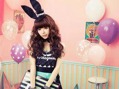 益若つばさ、歌手デビューをブログで報告! アーティスト名は「Milky Bunny」!
